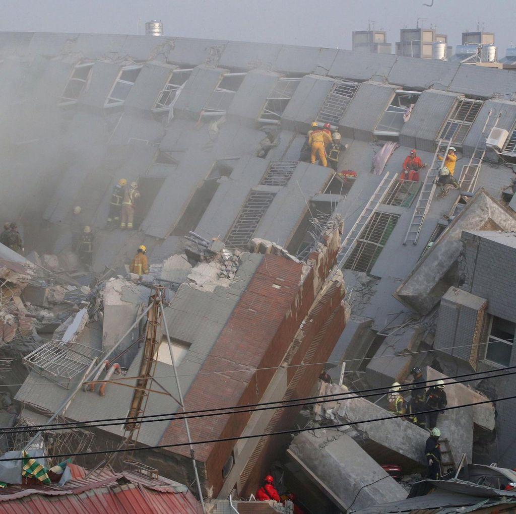 3 Orang Termasuk Bayi 10 Hari Tewas Akibat Gempa 6,4 SR di Taiwan