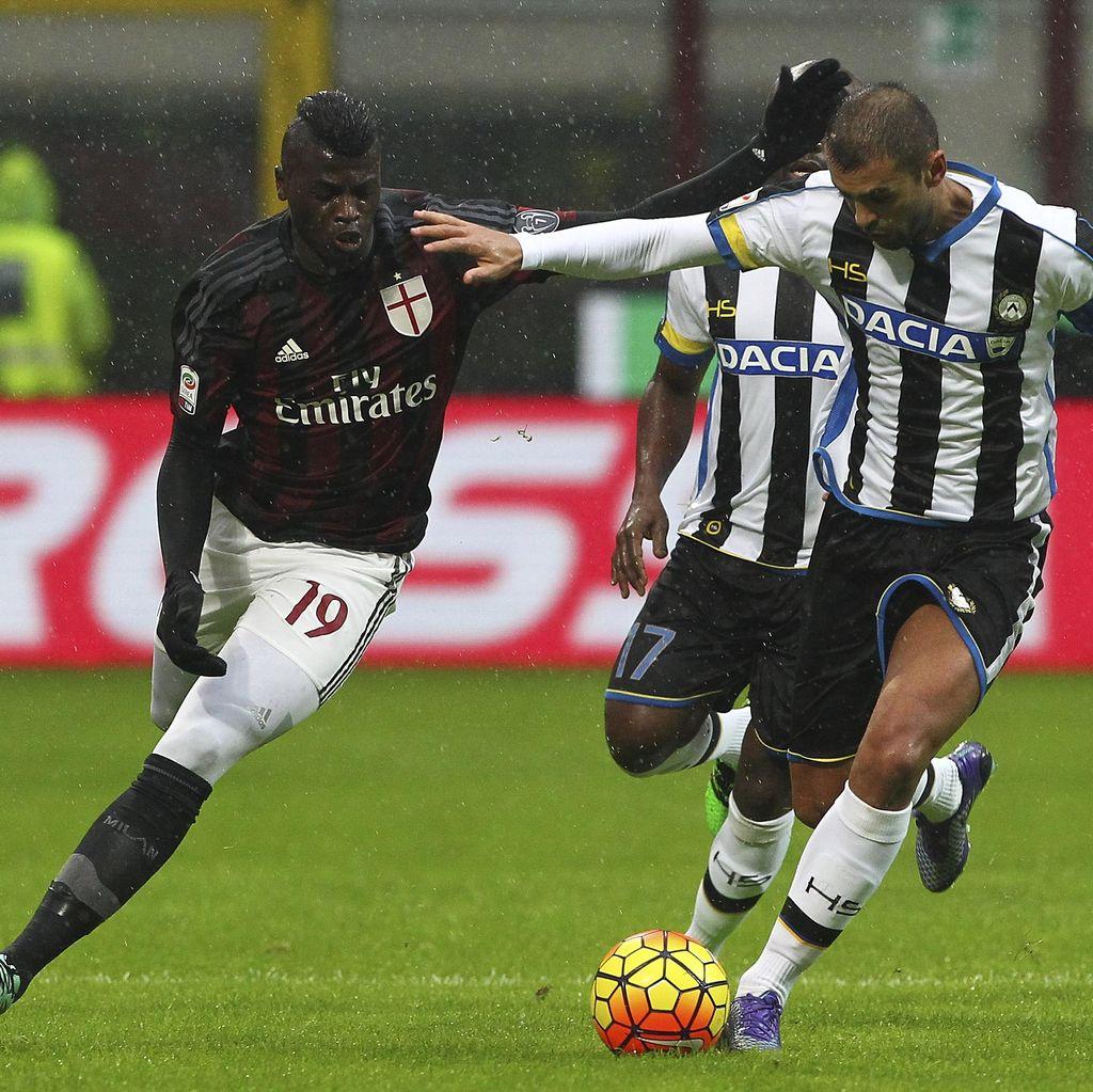Milan Ditahan Imbang Udinese 1-1