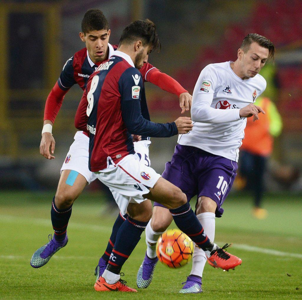 10 Pemain Fiorentina Diimbangi Bologna 1-1