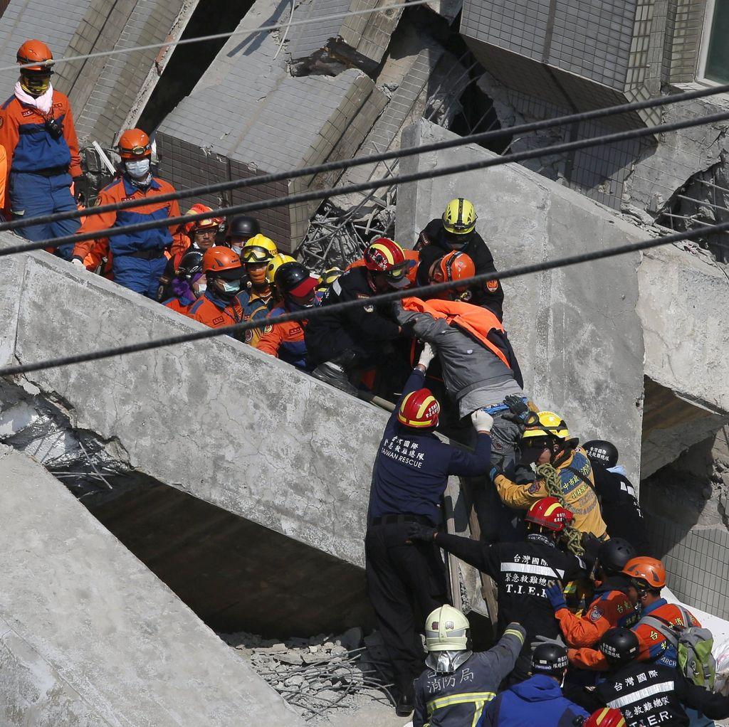 Korban Tewas Gempa Taiwan 35 Orang, 117 Orang Belum Ditemukan