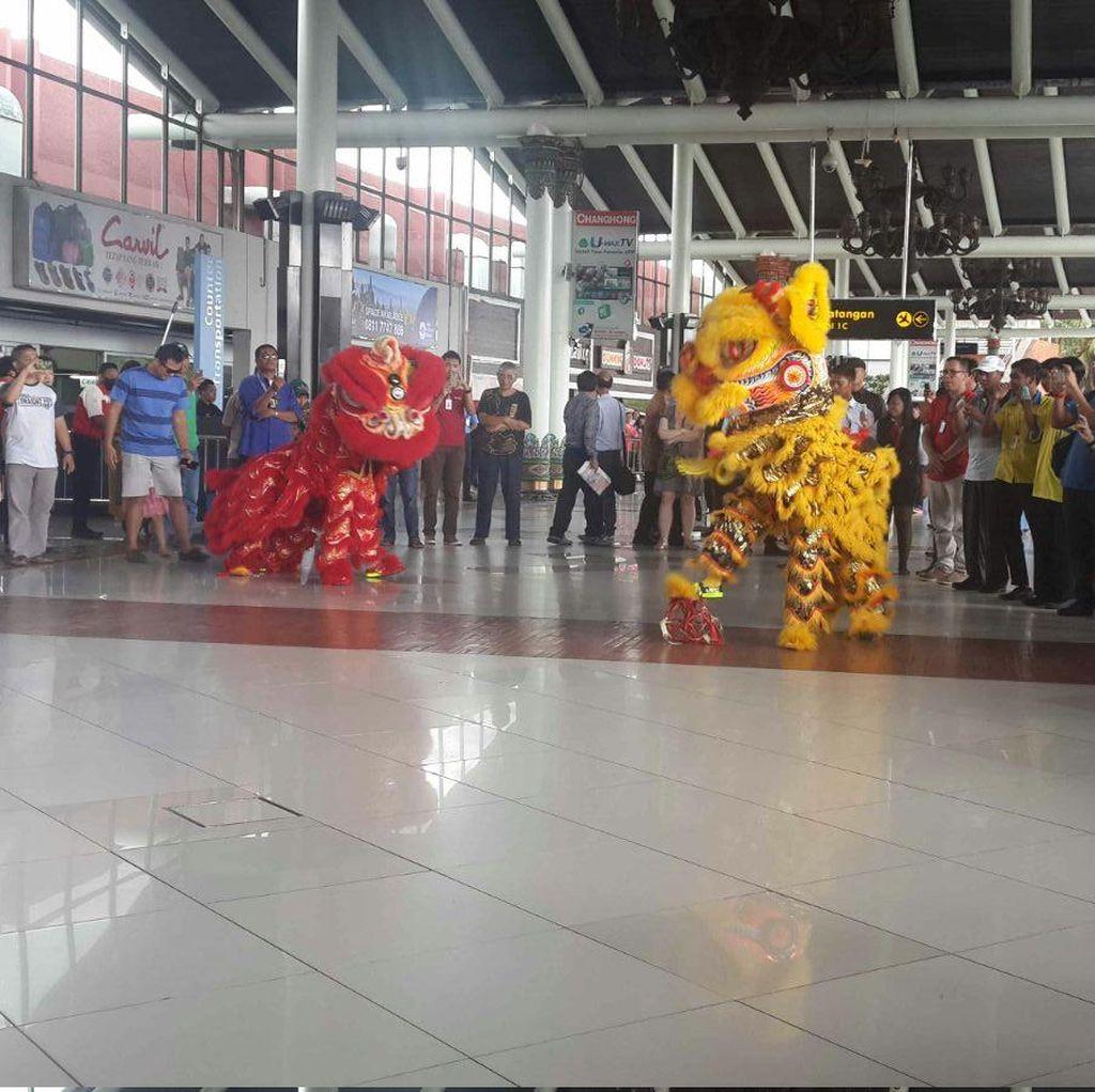 Atraksi Barongsai dan Wushu Ramaikan Imlek di Bandara Soekarno-Hatta