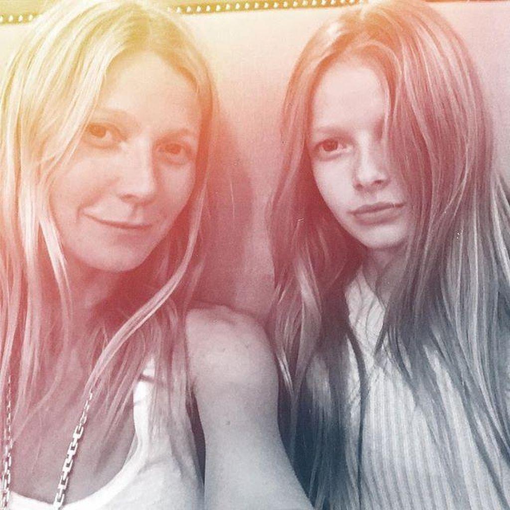 Makin Besar, Putri Gwyneth Paltrow dan Chris Martin Makin Cantik