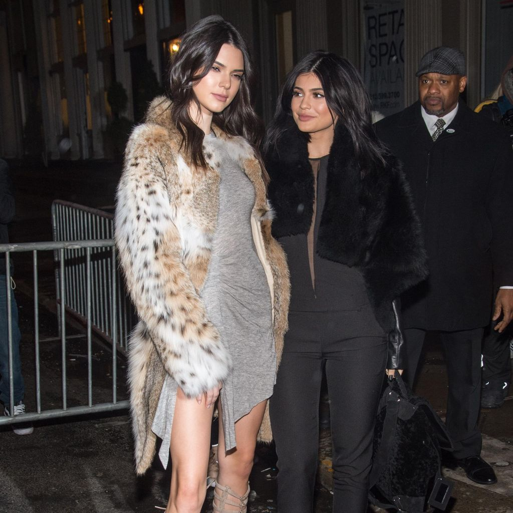 Kendall & Kylie Luncurkan Koleksi Busana Perdana Jelang NY Fashion Week