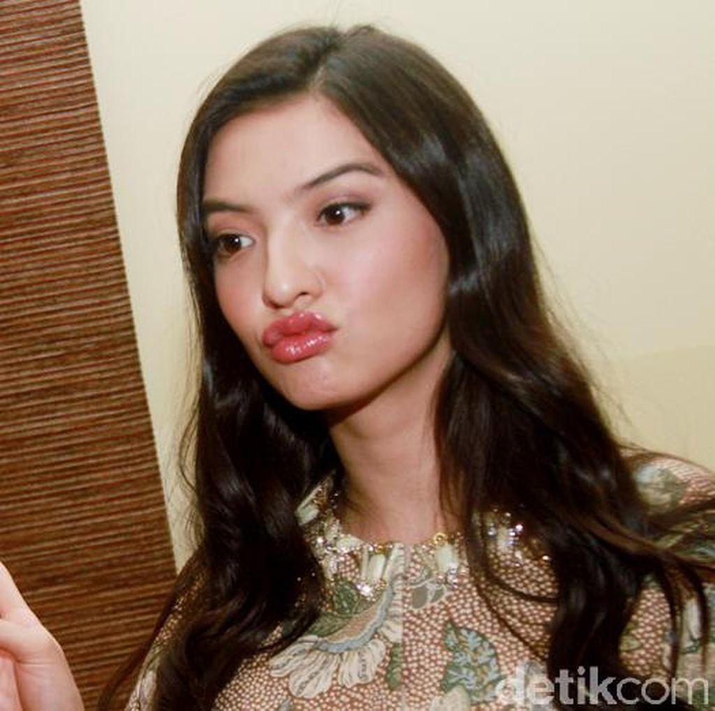 Raline Shah Duck Face Terus