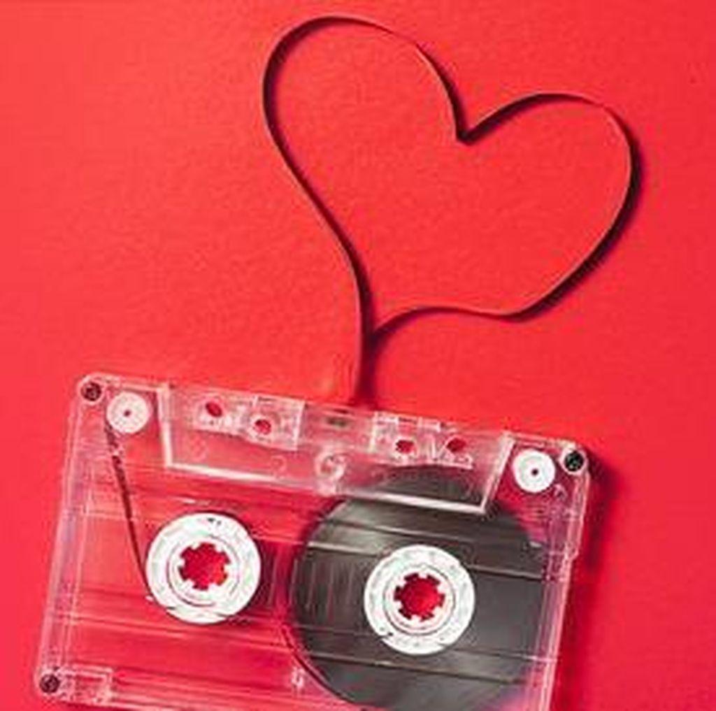 Magis Lagu Cinta di Panggung Musik Indonesia