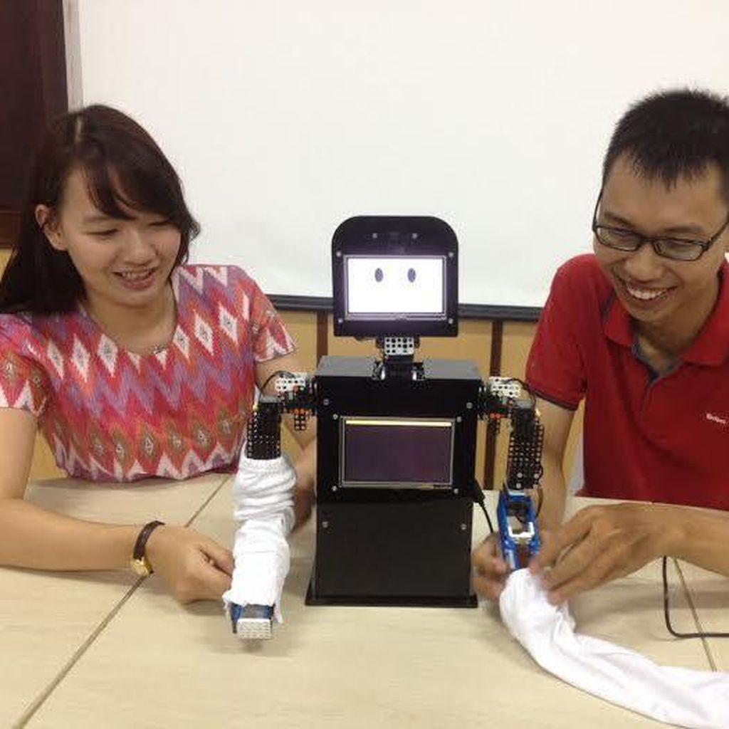 Mahasiswa ini Ciptakan Robot untuk Permudah Anak Autis Berkomunikasi