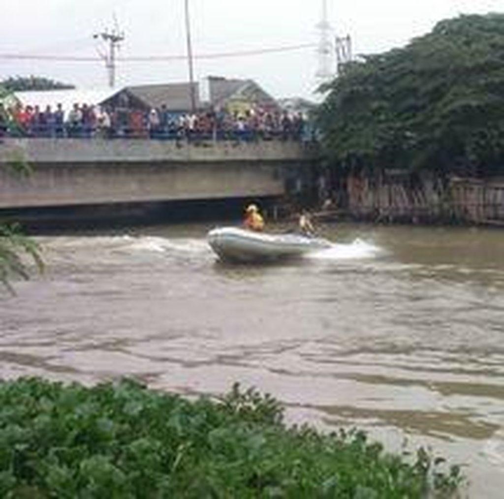 Seorang Bocah Tenggelam di Sungai Tarum Barat Karawang