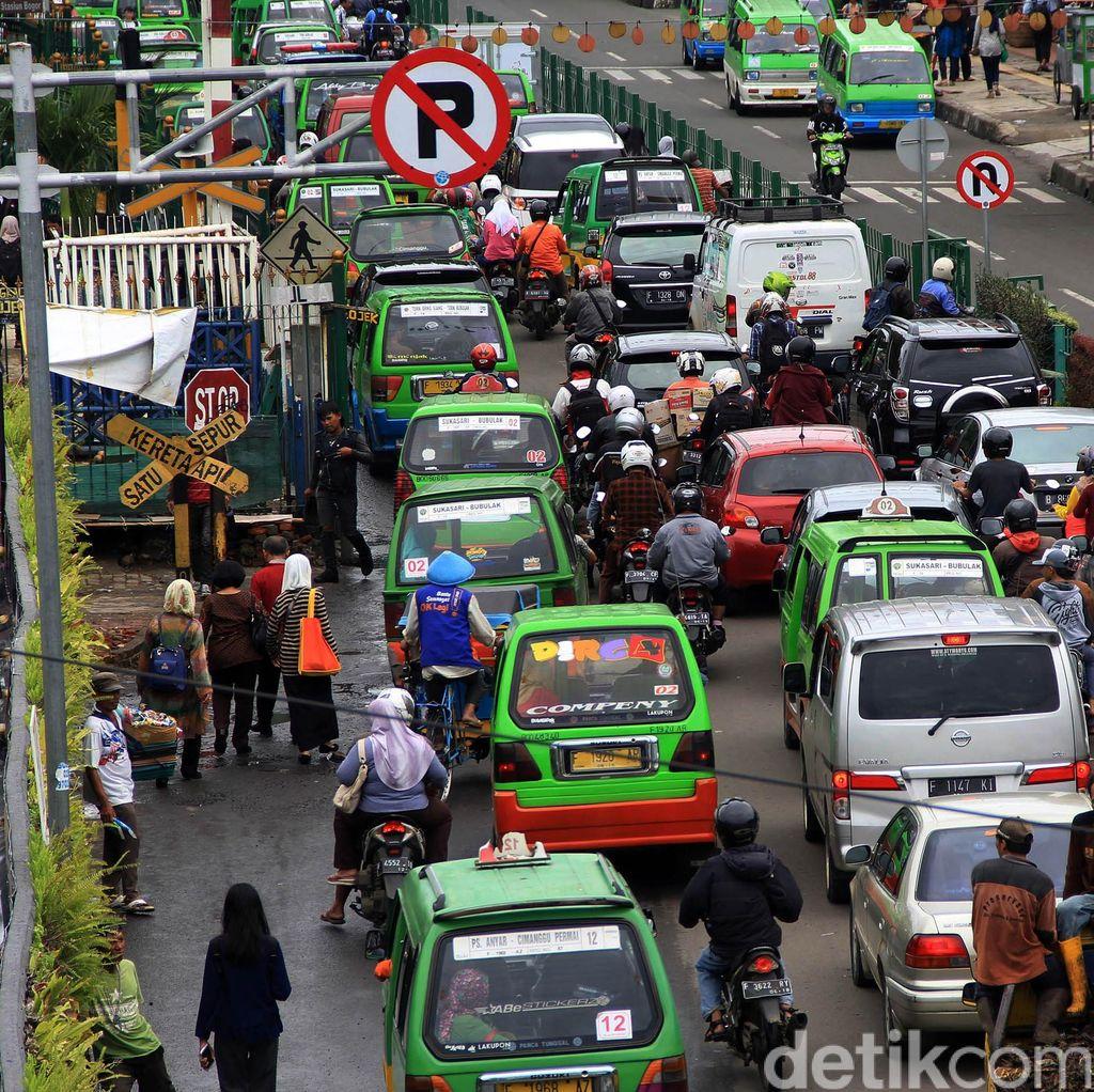 Angkot Ngetem, Kawasan Stasiun Bogor Macet
