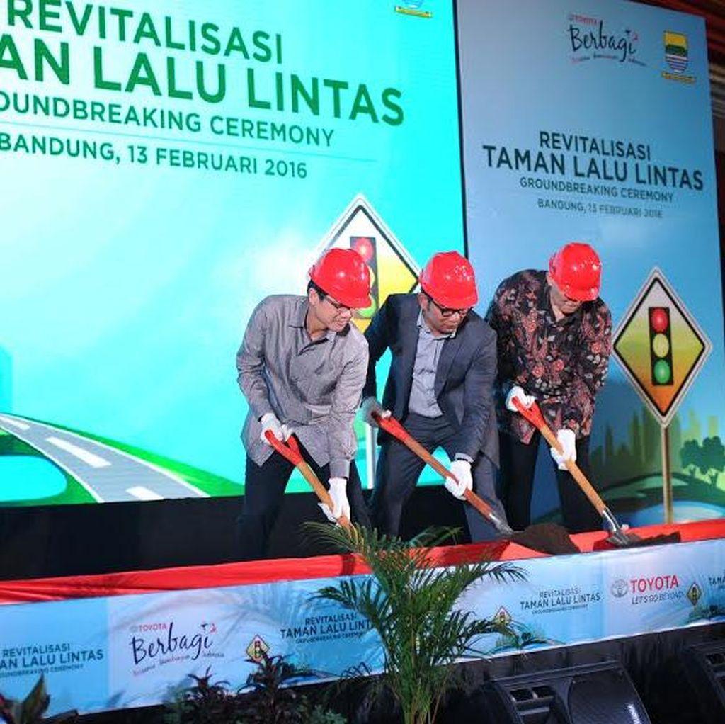 Toyota Kucurkan Rp 9 Miliar Percantik Taman Lalu Lintas Bandung