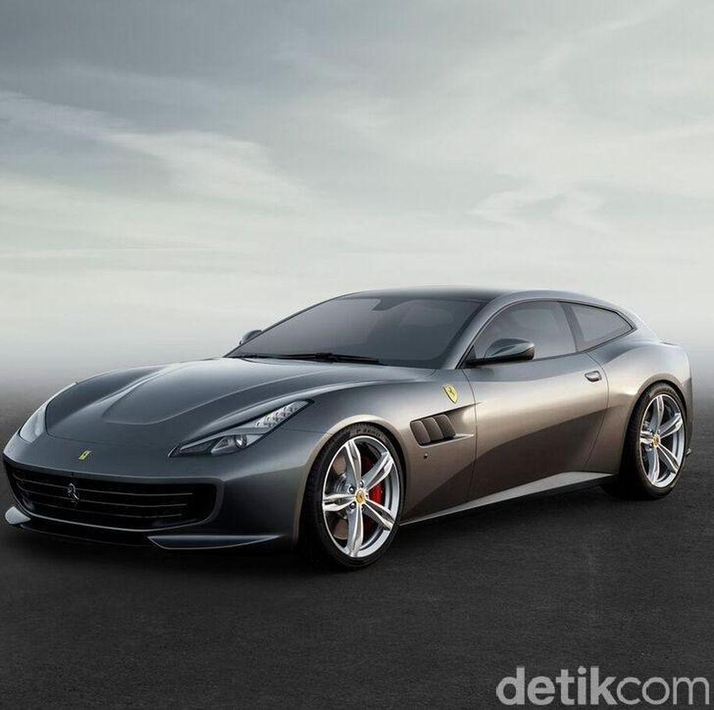 Mobil Keluarga Ferrari Anyar