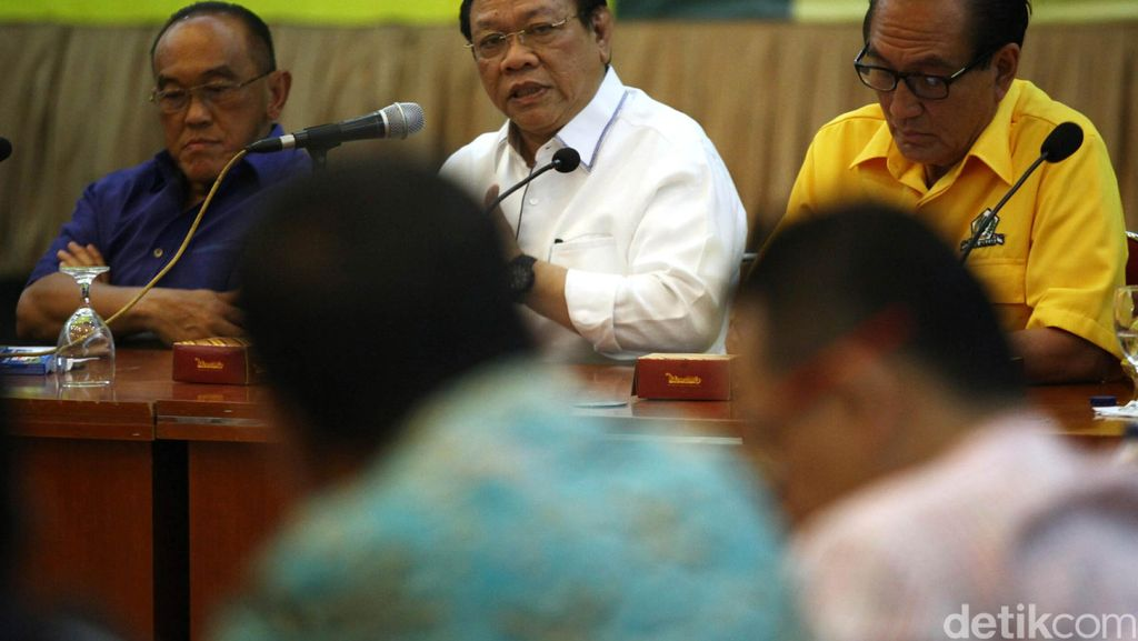 Sudah Bertemu Novanto, Agung Laksono: Dia Tak Berniat Jadi Ketua DPR Lagi
