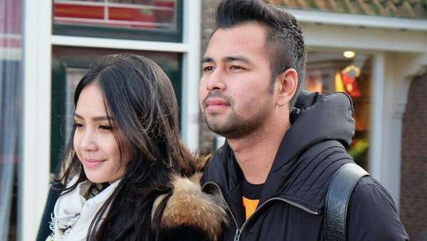 Aww, Rafathar Ngegemesin di Belanda