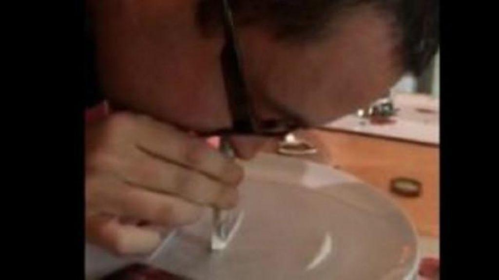 Seorang Pastor di Inggris Kepergok Menghisap Kokain