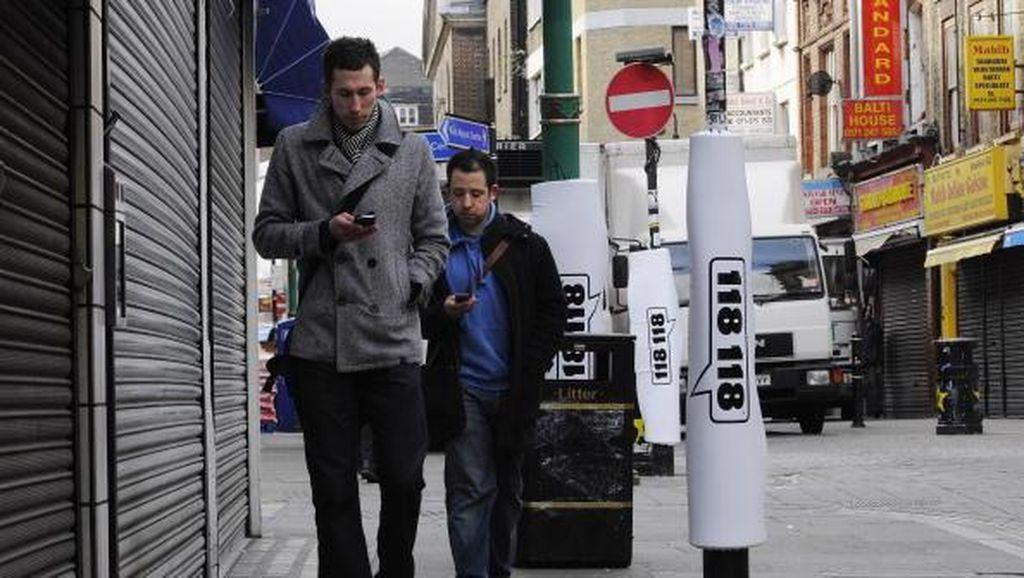 Di New Jersey, Jalan Kaki Sambil Bermain Ponsel Diusulkan Kena Denda