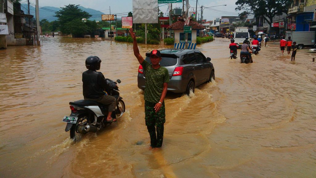 Banjir Bandung Selatan, Deddy Mizwar: Kesalahan Berjamaah!