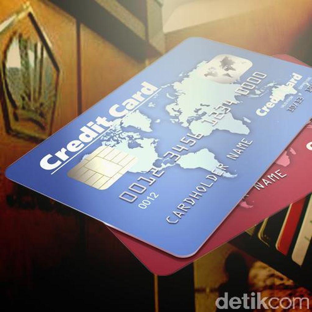 Ditjen Pajak Intip Kartu Kredit, OJK: Mulai Ada Penurunan Volume