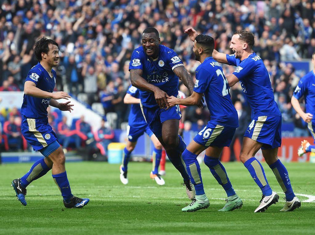 Leicester City Juara Premier League 2015/2016