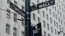 Wall Street Naik, Nasdaq Tembus Rekor