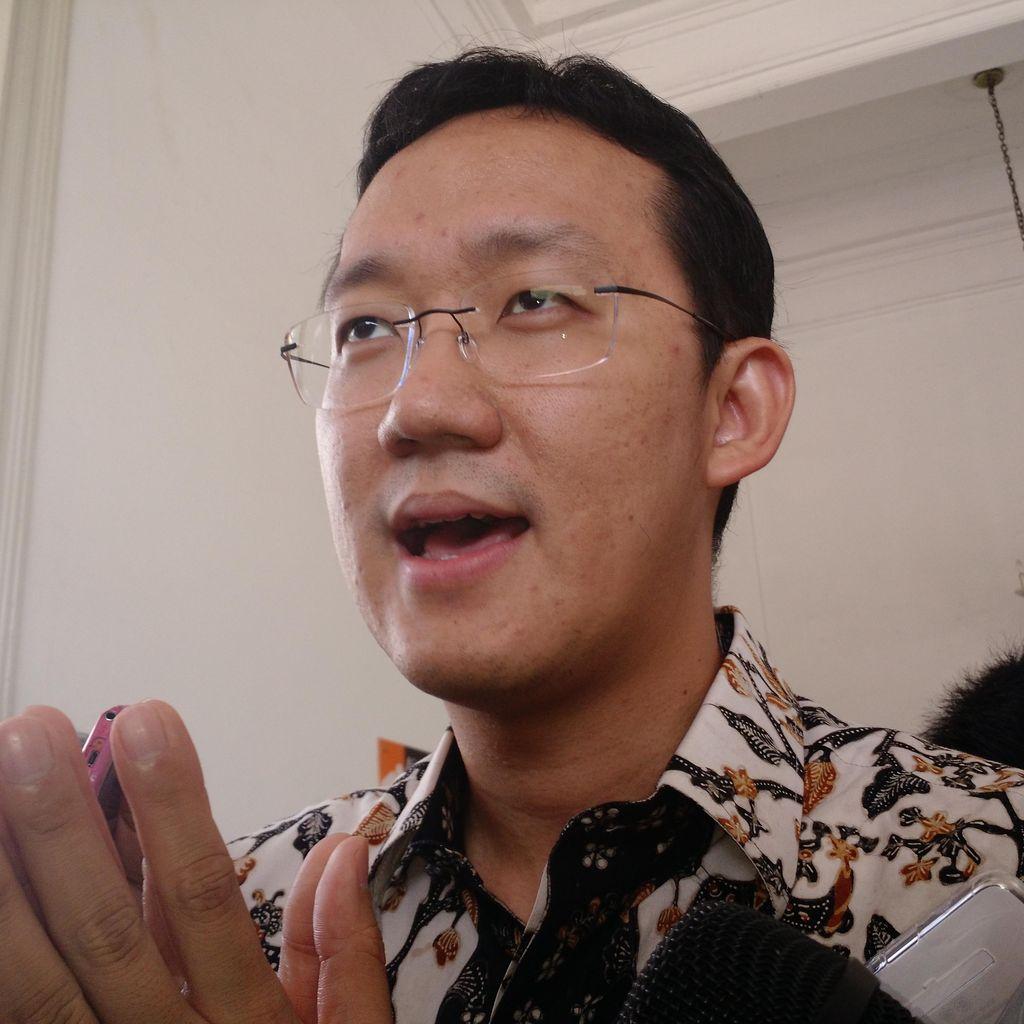 Sunny: Pengusaha Suka Ngobrol dengan Gubernur Harapannya Disampaikan ke Presiden