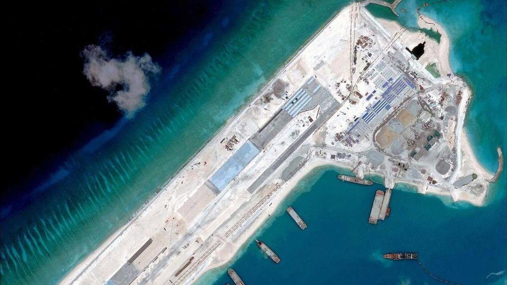 China Terbangkan 40 Pesawat Militer di Dekat Wilayah Jepang