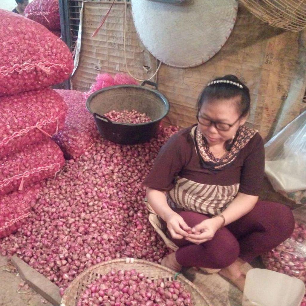 Harga Bawang Merah Tinggi, Pedagang Pasar: Rantai Pasokan Terlalu Panjang