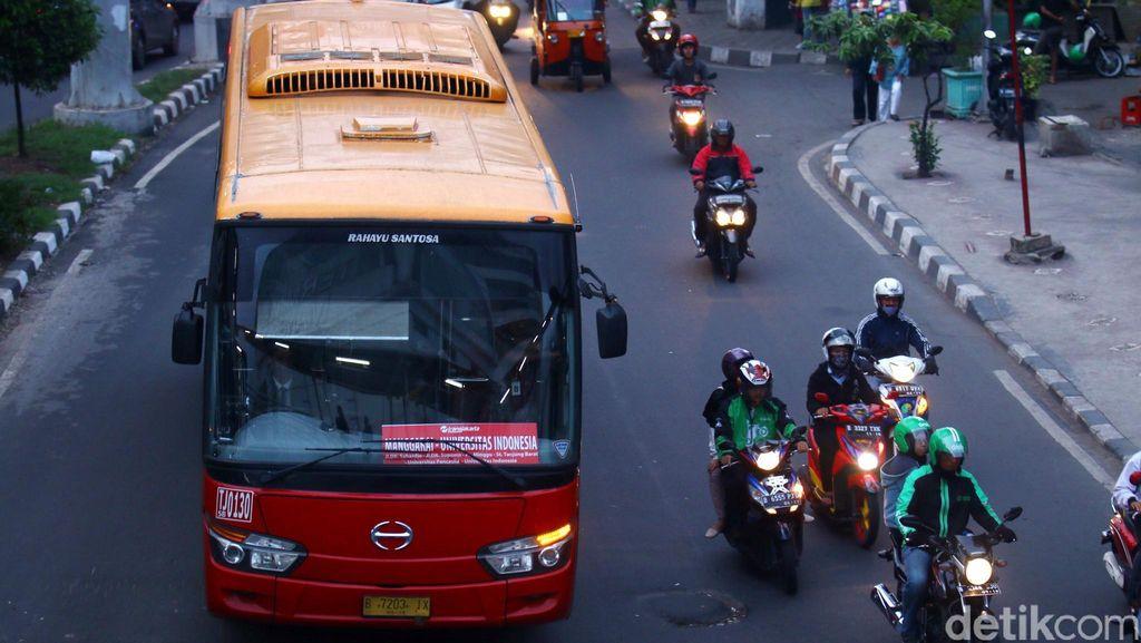 Naik TransJ Gratis, PNS DKI dan Penghuni Rusunawa Wajib Gunakan JakCard Combo