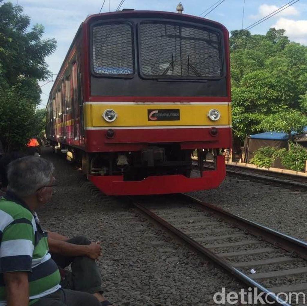 Pembangunan Double-double Track Manggarai-Bekasi Molor Akibat Bangunan Liar