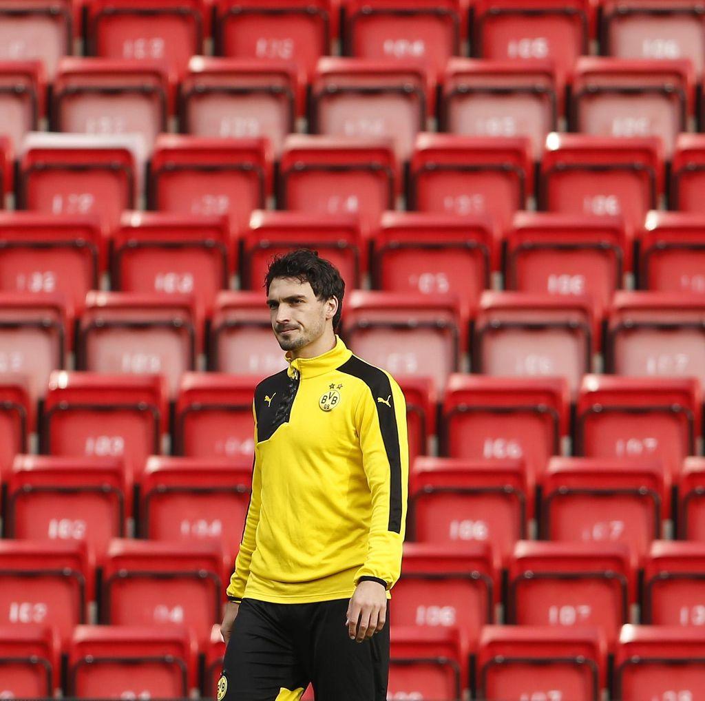 Tanda Hummels Tak Percaya Dortmund