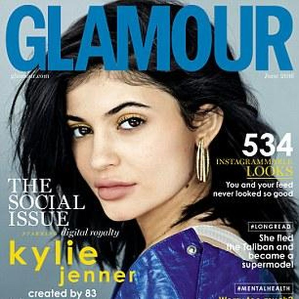 Tanpa Contouring dan Bulu Mata Palsu, Kylie Jenner Terlihat Lebih Cantik