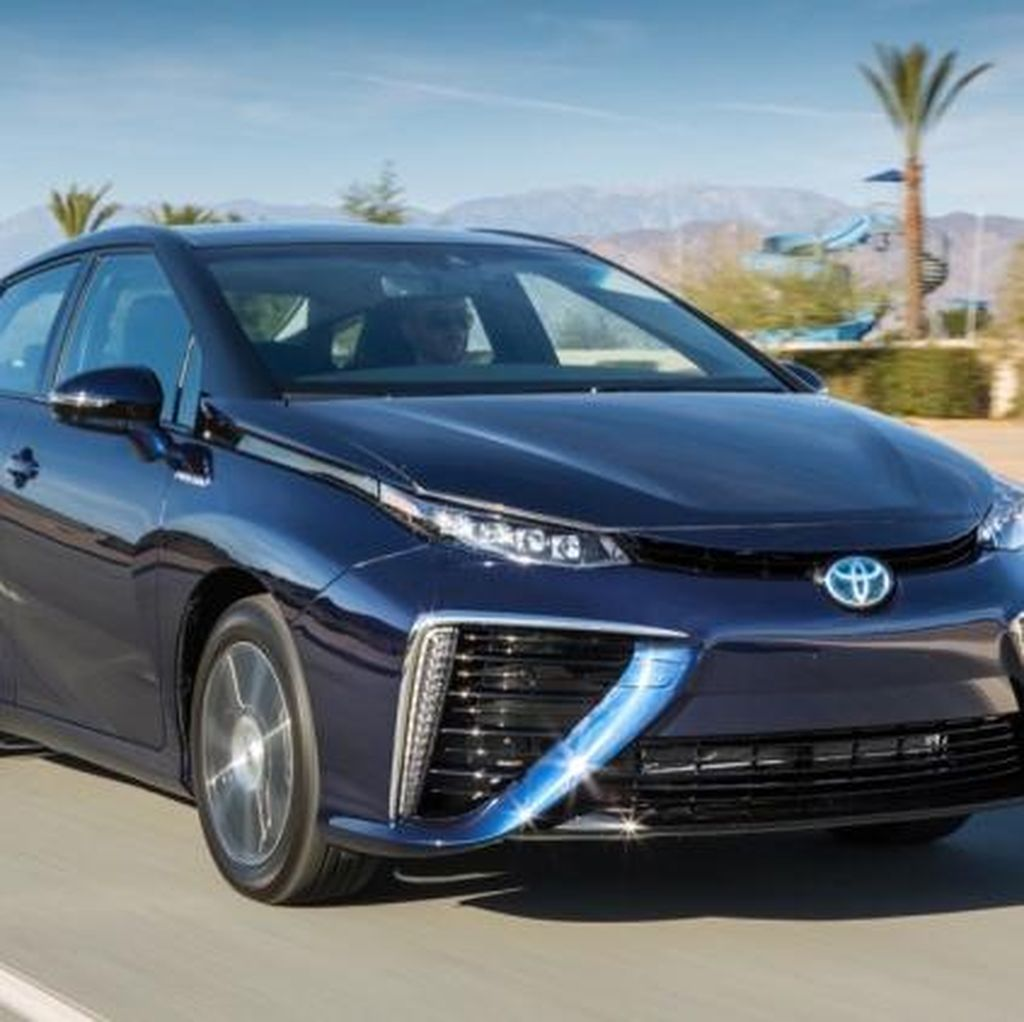 Toyota Bakal Jual Mobil Hidrogen Murah?