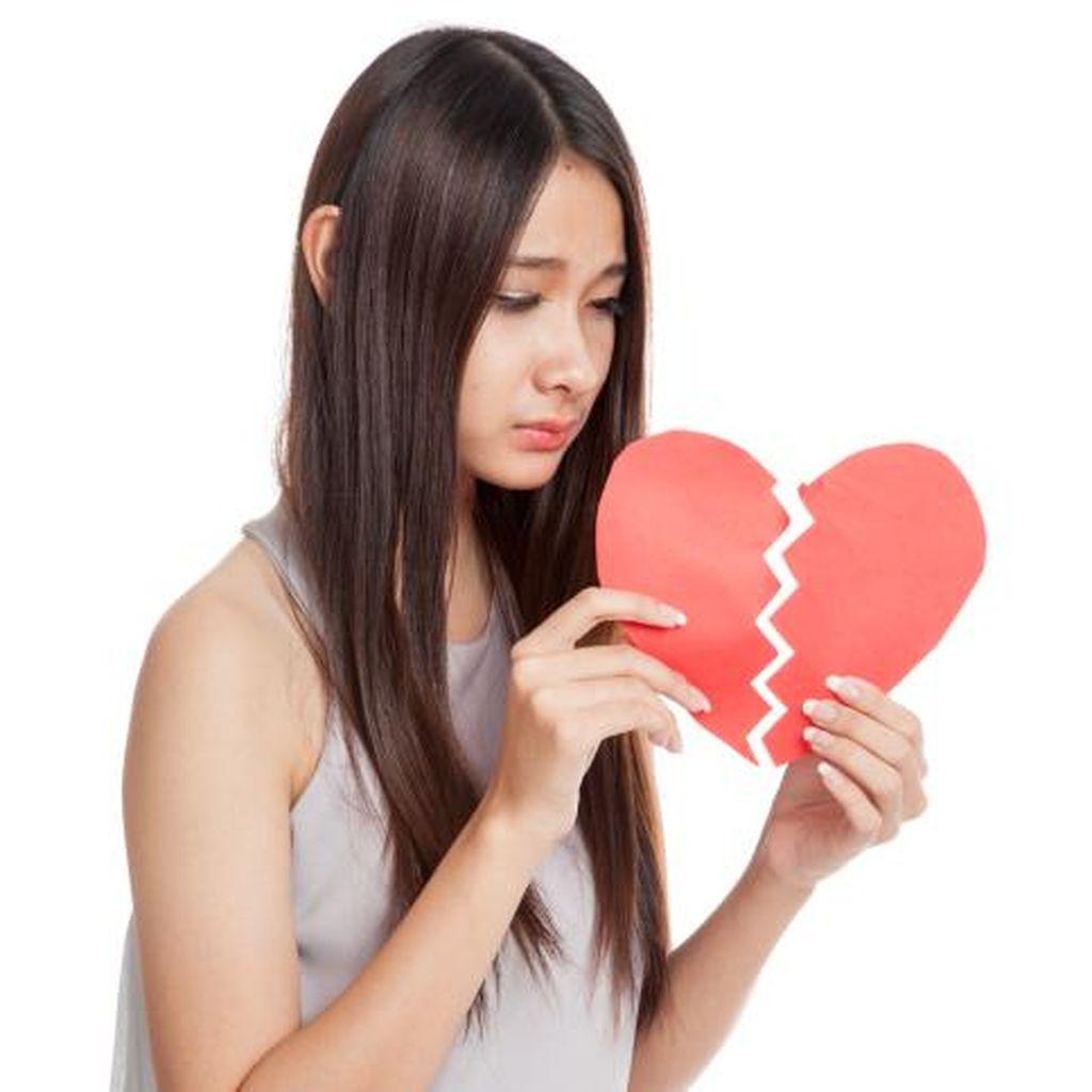Ditinggal Pria yang Sedang PDKT, Bisakah Mendapatkan Kekasih Tahun Ini?