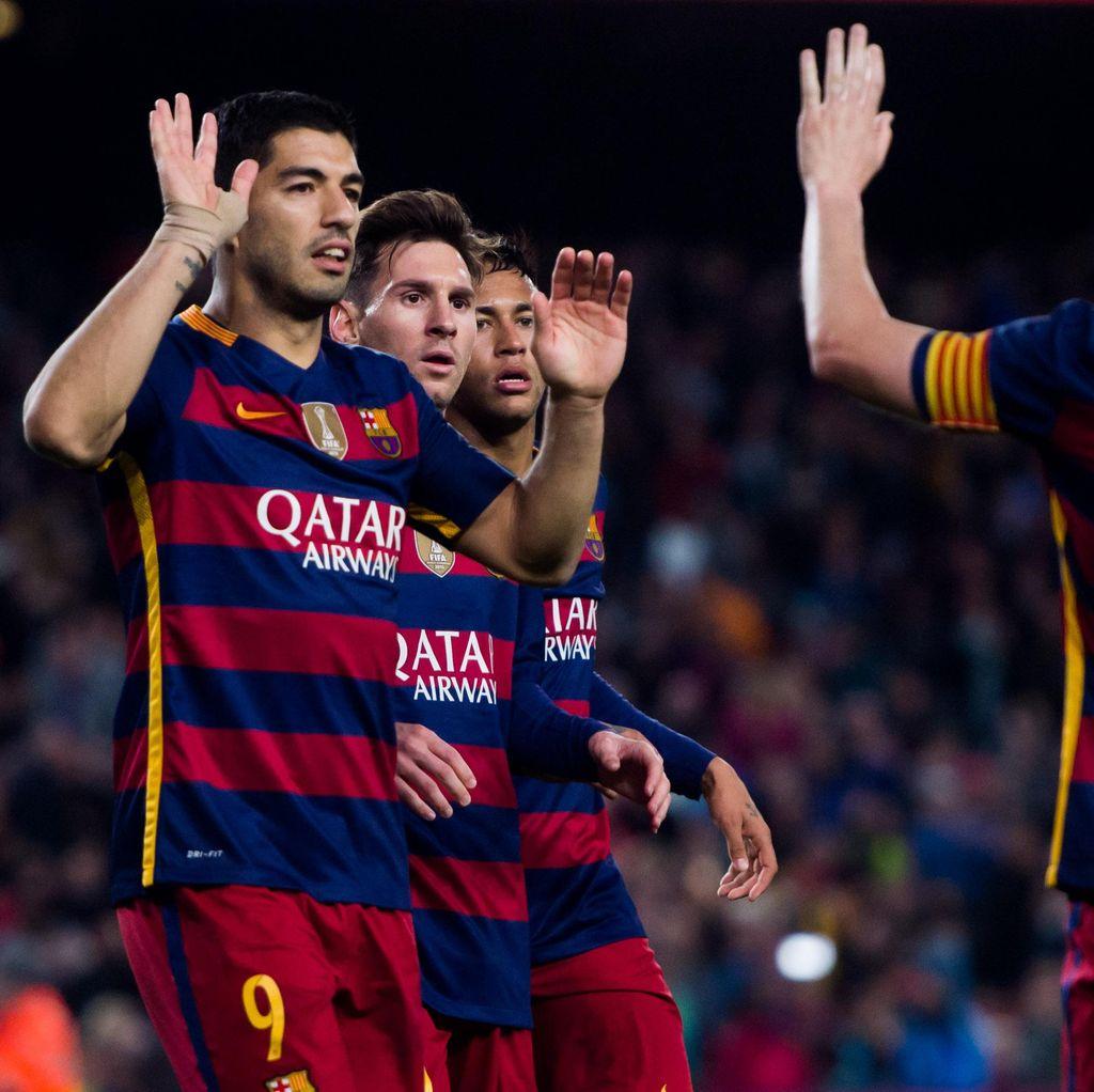 Enrique Optimistis Barca Akan Juarai Liga dan Copa del Rey