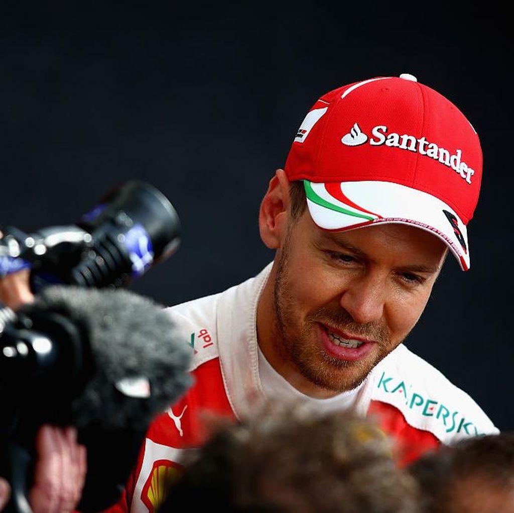 Giliran Vettel Catat Waktu Tercepat