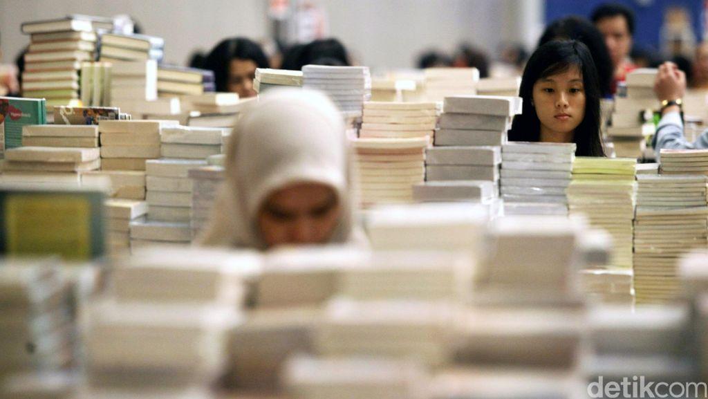 Buku Penting dan Langka Koleksi Istana Kepresidenan Dipamerkan Gratis