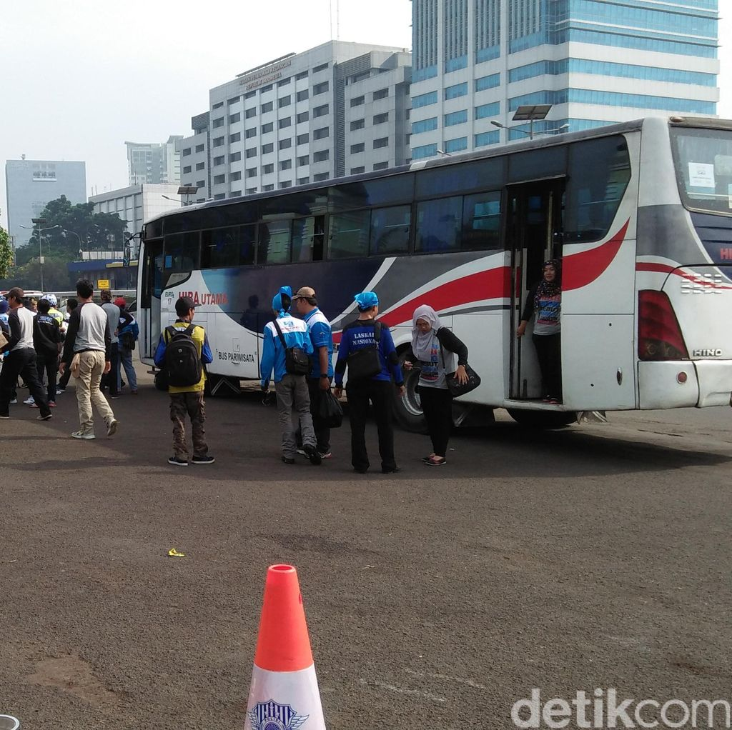 Antisipasi Kemacetan, Polisi Larang Buruh Turun di Sembarang Tempat