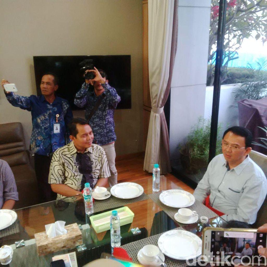 Petugas BPS Jakut Lakukan Sensus Ekonomi di Rumah Ahok
