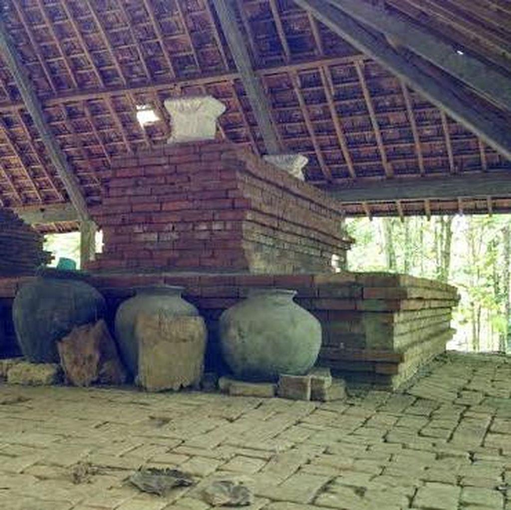 BPCB Trowulan Teliti Situs Purbakala di Lamongan yang Diubah Jadi Makam