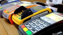 Tingkatkan Keamanan, BI Wajibkan Kartu Debit Terpasang Chip di 2021