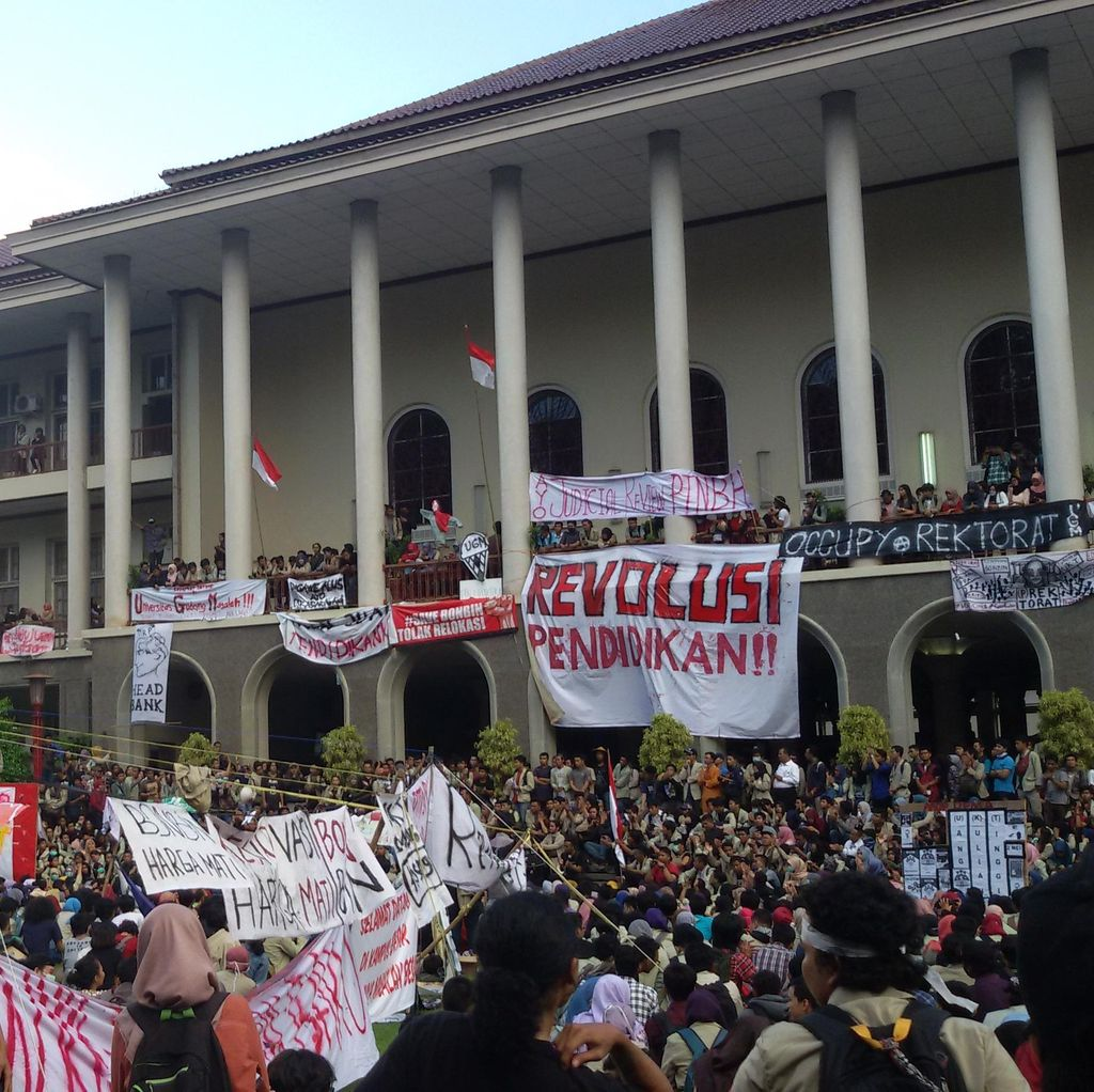 Petugas Keamanan UGM: Balairung Bersih dari Demonstran Malam Ini