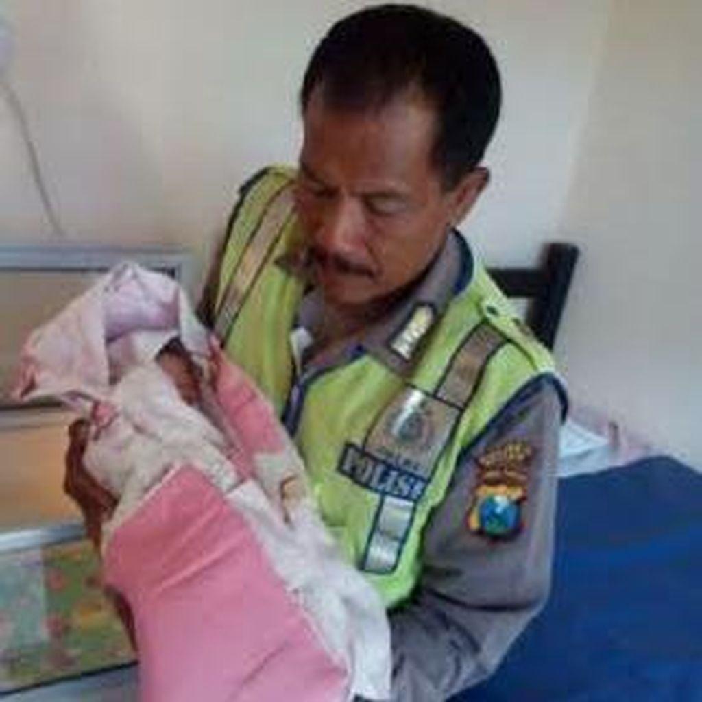Lagi, Sesosok Bayi Perempuan Ditemukan di Rombong Bakso