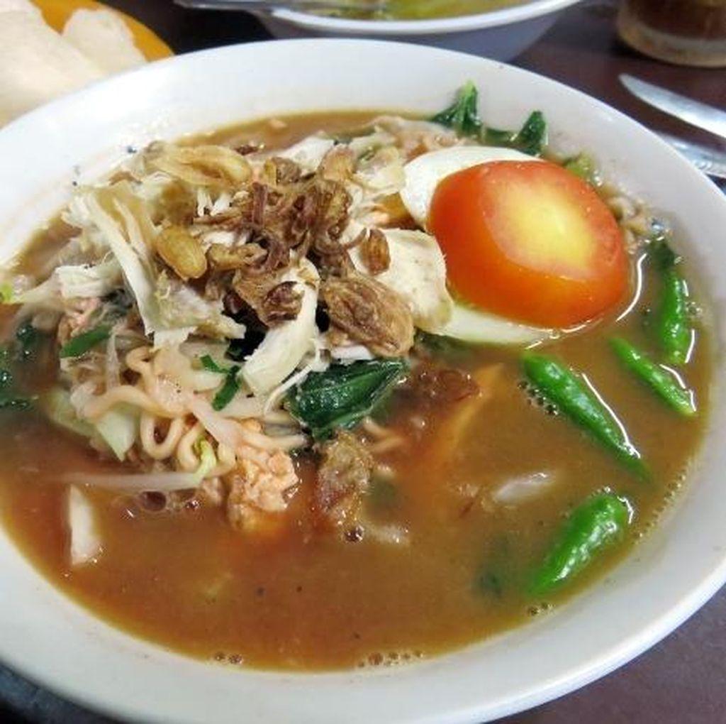 Jangan Lupa Jajan Bakmi Godog Jawa yang Legendaris di Yogyakarta!