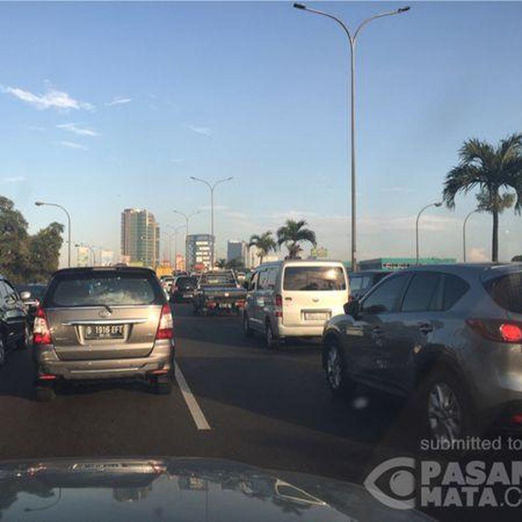Ada Kecelakaan di KM 26 Tol JORR, Macet 9 Km