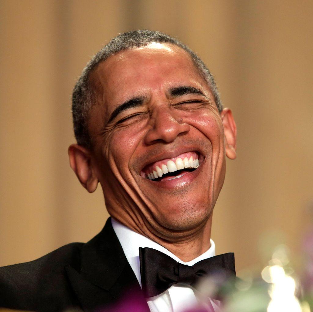Sejak JFK, Presiden AS Melawak di Acara Makan Malam Wartawan Gedung Putih