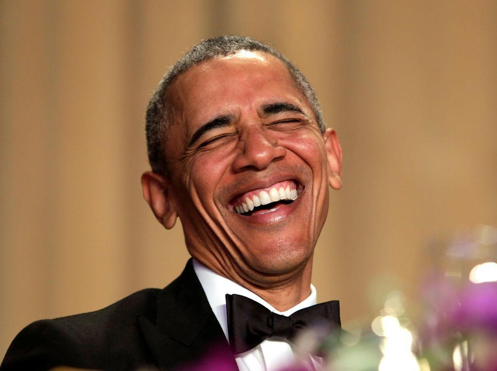 Melucu Soal Donald Trump, Pidato Obama Penuh Gelak Tawa