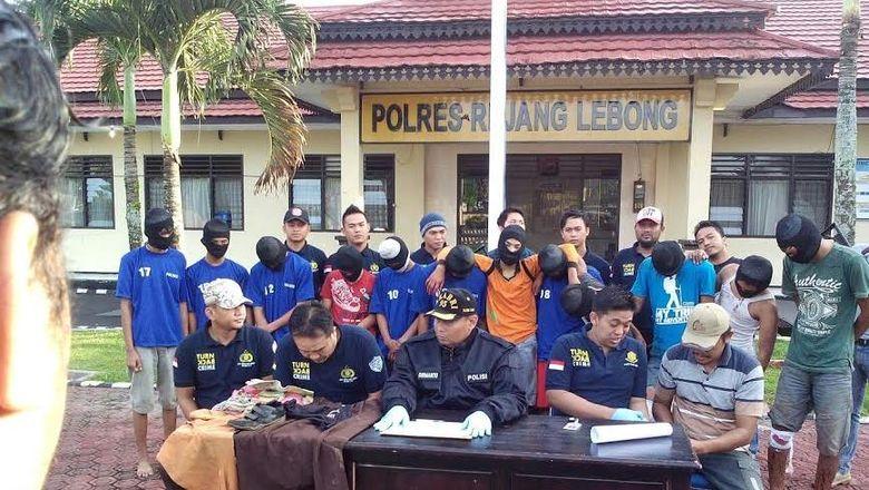 7 Pemerkosa Gadis 14 Tahun di Bengkulu Divonis Hakim 10 Tahun Bui