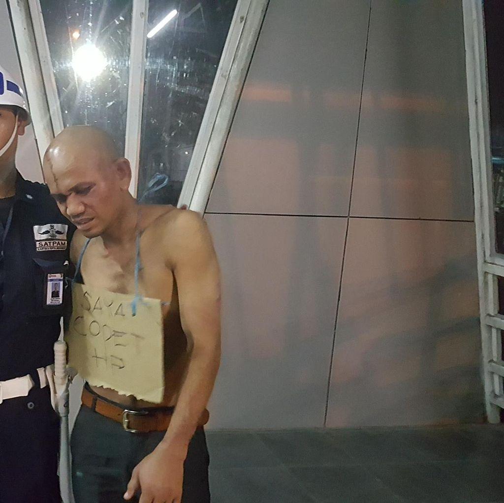 Anwar, Pencopet Kambuhan di Commuter Line Babak Belur Dihajar Penumpang