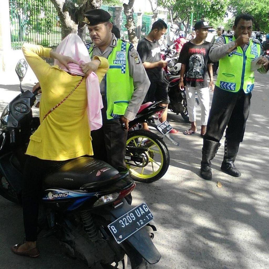 Operasi Cipta Kondisi di Jakut: 29 Pengendara Ditilang, 3 Motor Diamankan