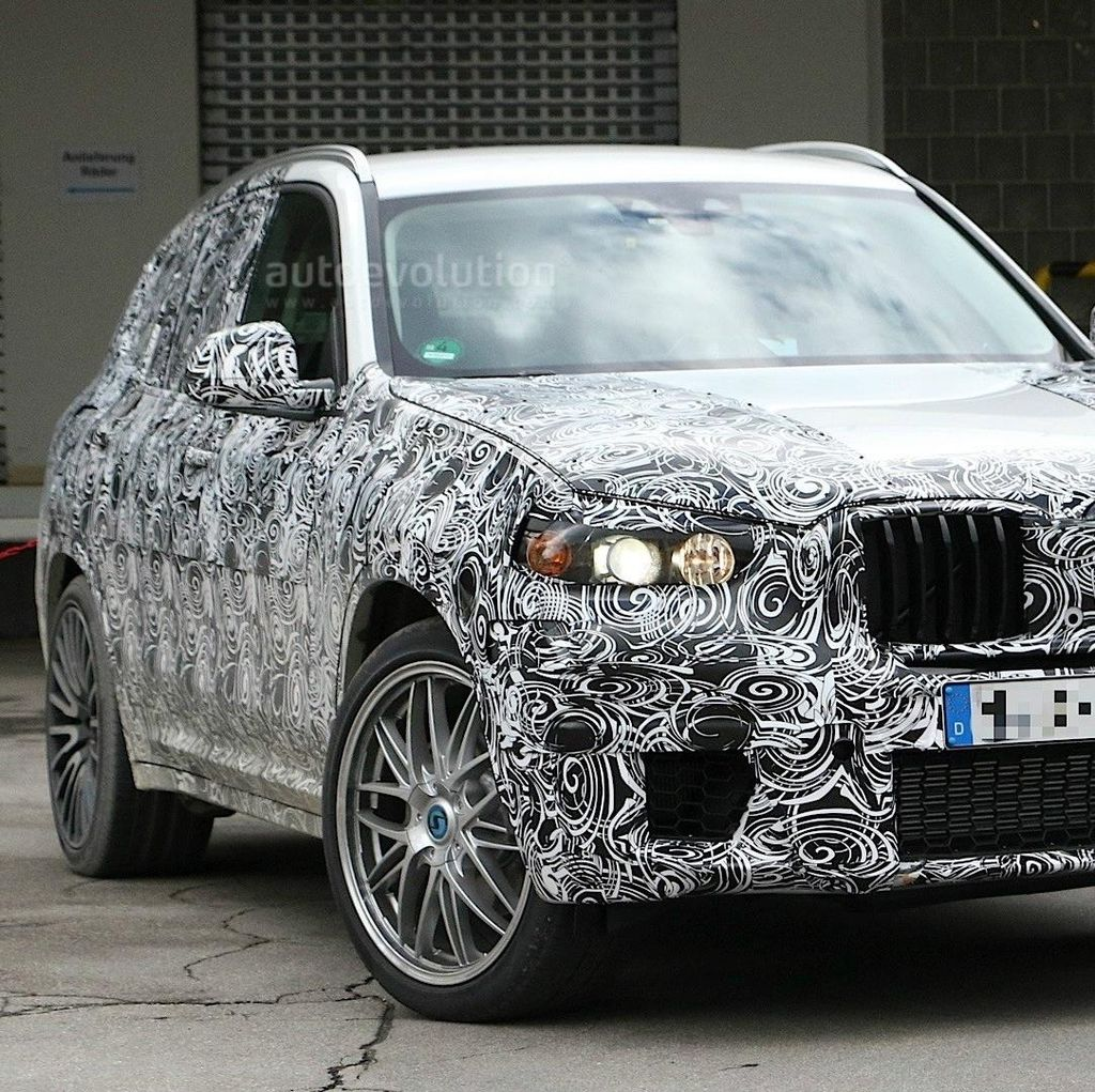 BMW X3 M Siap Adopsi Water-Injection Inline-6