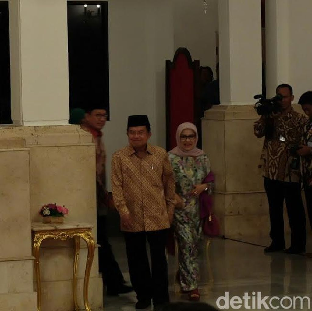 Presiden Jokowi di Magelang, Wapres JK Pimpin Peringatan Isra Miraj di Istana