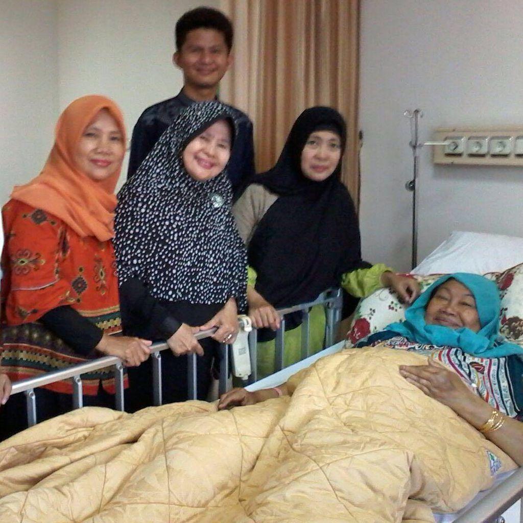 Mantan Menteri Pemberdayaan Perempuan Tutty Alawiyah Wafat